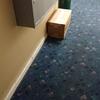 ドアの前に荷物を置くだけで配達完了になるとか
