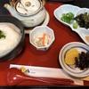 鞆の浦で『鯛うずみ』という郷土料理を試す。