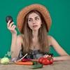 独身ミニマリストの貯金はシンプル美容と知識と食生活へ投資する