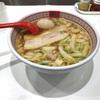 たっぷり白菜と味変ニラで二種類味わうラーメンです @千葉駅 神座