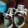 ヒラキの靴とファーウェイのスマホ