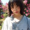 笑顔がより魅力的に!AKB48の人見古都音さんの歯並びと歯列矯正の経過をチェック。