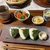 さくふわお揚げさんとロマネスコの天ぷら、青じそはりむすびランチ