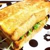 サンドイッチにフレンチトースト。食パンはご飯にもスイーツにもなります。