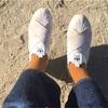 毎日毎日、同じ靴を履いているな
