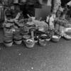【今日の1枚】昔ながらの商店街、八百屋の軒先には昔ながらの陳列方法
