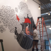 今、ハワイで人気のKris Goto(クリス ゴトウ)は斬新で独特なテーマを持つ若手アーティスト。