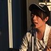 徳島駅前で信政誠さんが歌っていた