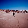 初の乗馬でのろ子とともに、砂漠をのろのろと歩く