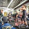 レジスタンスサーキットトレーニングの身体の適応(運動中における身体の最大酸素摂取量の上昇、疲労困憊に至るまでの時間の遅延、安静時血圧の低下、筋力の向上、血中コレステロール濃度と血中ホルモン濃度の変化が起こる)