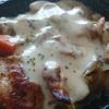 チーズソースの照り焼きチキン丼
