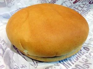 マクドナルドで話題?の無料トッピング「ピクルス多め」にしてハンバーガーを食べてみた