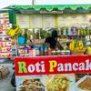 パトンビーチで美味しいマンゴー&バナナパンケーキ。