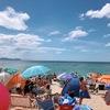 【水晶浜海水浴場の感想】お得な有料駐車場やシャワーを紹介!準備しておくべきグッズ5選を解説!