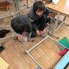 5年生:教室の机などを掃除、整頓