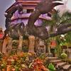 「ワット プラタード ドーイワオ(Wat PhraThat DoiWao)」~メーサイ、タチレクが一望出来、オブジェが特徴ある寺院!!