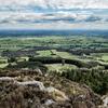 【登山@アイルランド】悪魔がかじった山 『Devil's Bit Mountain』は地平線まで緑の広がる大展望!April 2016