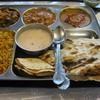 一日三食 カレーでマイペンライ、インドと日本のカレーだよ