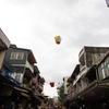 【台北から電車で平渓線の十分へ】迫力の十分瀑布と線路で飛ばすランタン~How to go to Shihfen by train, shifen falls and sky-lantern~