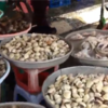 ホーチミンのタンビン地区の市場風景 2016