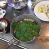 幸運な病のレシピ( 815 )朝:鳥手羽+鮭+焼肉の「玉ねぎオムレツ」への仕立て直し、鍋仕立て直し、イワシ煮付け