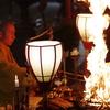 護摩祈祷で用いる護摩木を寺山林から調達する