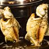 ピラニアの素揚げ料理