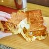 【忠正路】伸び~るチーズのボリューム満点トースト@Yellow Bowl