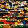 タラートロットファイラチャダー【鉄道市場】・夜の闇に浮かぶ光の宝石箱:ナイトマーケットを上から見る!@タイカルチャーセンター, バンコク