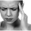 【病気】頭痛が続く人必見。原因や治す方法は?病院でもらう薬について