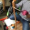 ② 流木で作る大ばあばの杖は意外に手間がかかる