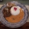 【ナムプリーカレー】天満、天神橋筋で頂く素材推しカレー!ココナッツ香るエビと肉の旨味のポークカレー!