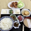 和田の「信栄食堂」で鳥からあげ定食