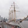 チリ海軍「エスメラルダ」&護衛艦「まきなみ」