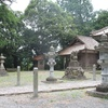 龍山八幡の石灯籠