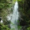 滝を5つ見て馬頭刈山に