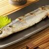 サンマの塩焼きを綺麗に食べよう!細長いお魚の食べかたと大家族の食卓。
