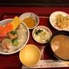 北幸の「北海道料理 ユック 横浜西口店」で海鮮丼定食