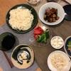 はんだ麺、新じゃがと豚バラの煮っころがし(焦げ)、ブロッコリーとトマト、生協の味のマリネ