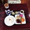 珈琲店 千房(ちぼう)さんのレトロハンバーグな日替わりランチ。