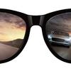 夜も使えるサングラスが人気です!