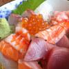 佐世保市に360°全くスキのない海鮮丼を発見!海鮮味処 漁