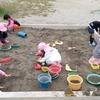 園庭=砂場と築山=