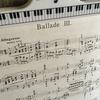コンサートピアノを弾く