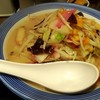 やっぱり野菜たっぷりちゃんぽんのほうが麺入ってて満足度は高い。