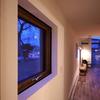 冬の暖房時に外に逃げる熱の約5割が窓からなので、断熱のかなめは窓という結論。