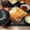 川崎アゼリアの鶏味座 チキンカツ定食が最高にサクサクで税込880円!