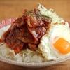 ケチャップとしょうゆ、にんにくで豚バラ薄切りを洋食屋化。これは白米がすすんで仕方ない