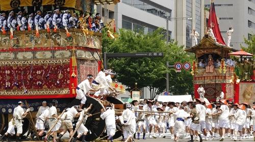 【観光ガイドのプロが徹底解説!】来年の山鉾めぐりが一層奥深くなる!覚えておきたい祇園祭の楽しみ方