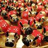 まゆ玉人形の黄金牛~来年の干支飾り